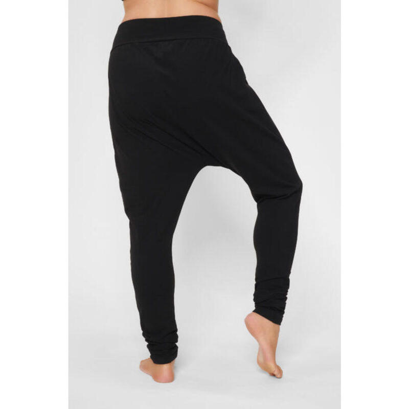 Capri de yoga Dharma - moderne et tendance en coton biologique -  Noir