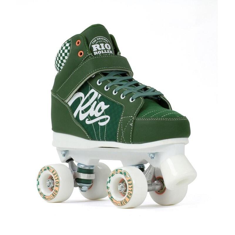 Roller Mayhem II Quad Skate vert