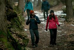 Damesjas voor trekking RainWarm 50 - 1010049