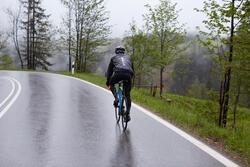 Regenjasje 900 Light voor fietsers, herenmodel, grijs - 1011134