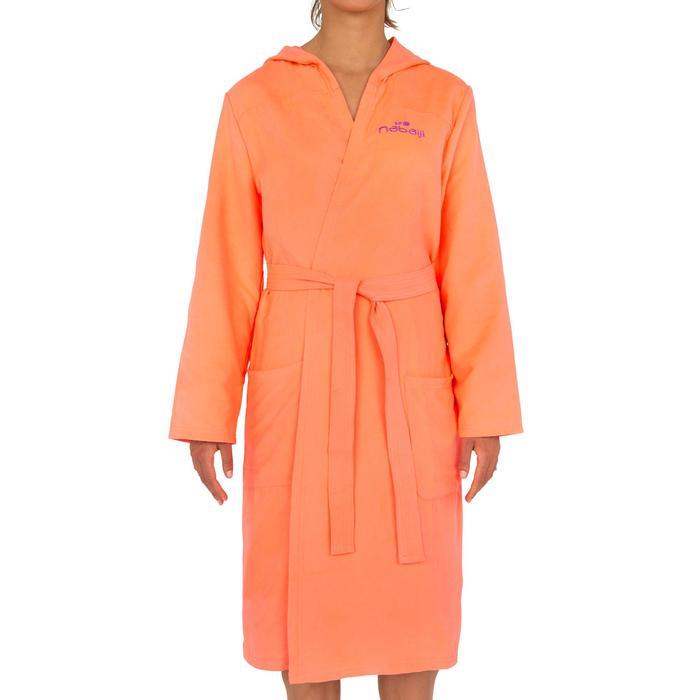 Albornoz mujer microfibra granadina con capucha, bolsillos y cinturón
