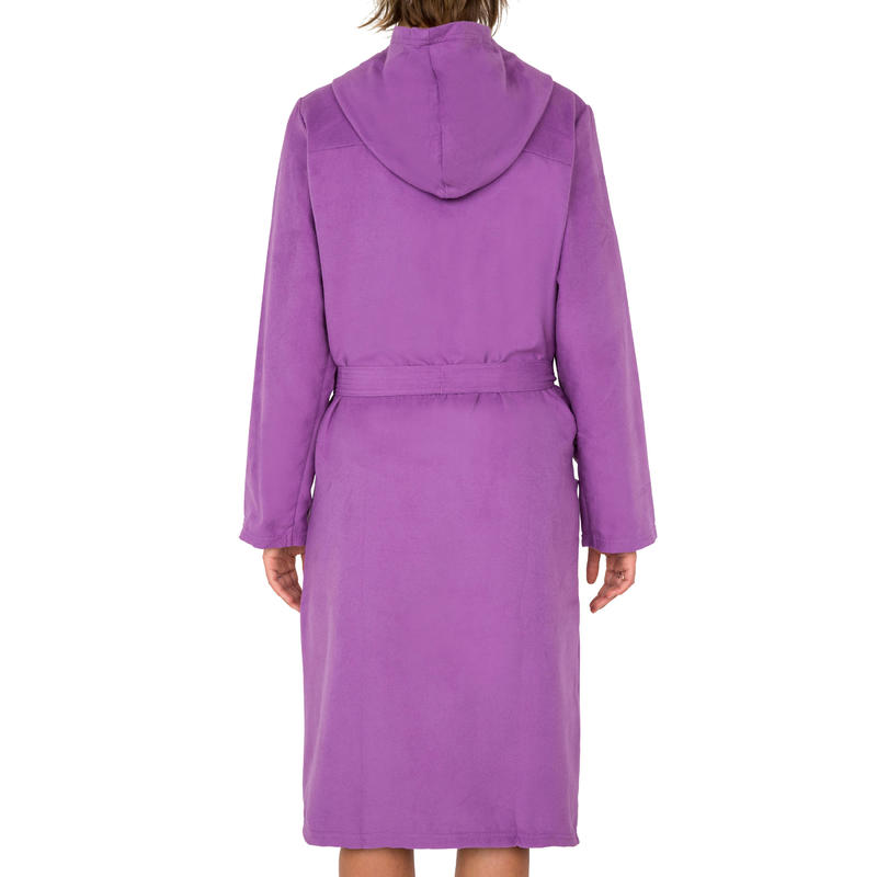 Bata mujer microfibra violeta con capucha, bolsillos y cinturón