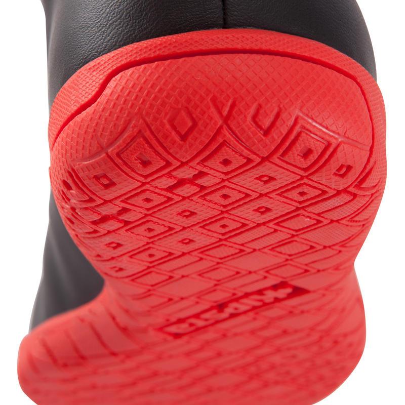 Zapatillas de futsal para niños First 100 negro blanco rojas