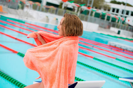 Ultra-Soft Microfibre Pool Towel Size L 80 x 130 cm - Orange