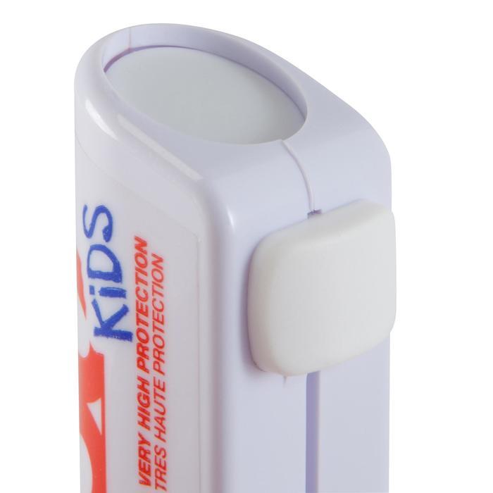 Lápiz de labios hidratante y de protección solar IP 50+ Kids