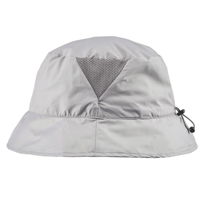 Gorro de trekking en montaña TREK 100 LIGHT ultracompacto gris