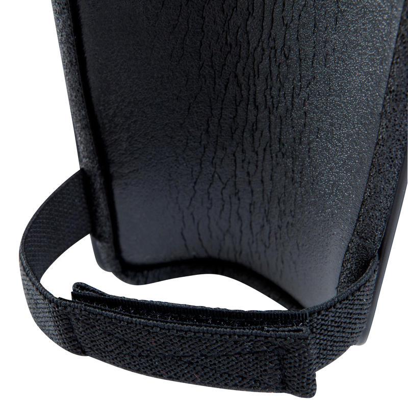 Canilleras de fútbol adulto F100 negro