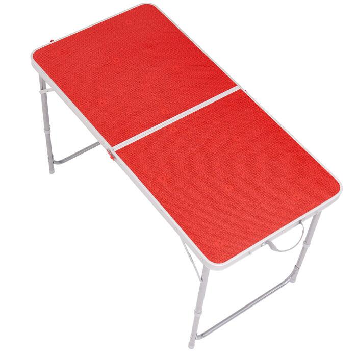 Grote vouwtafel voor de camping voor 4 tot 6 personen