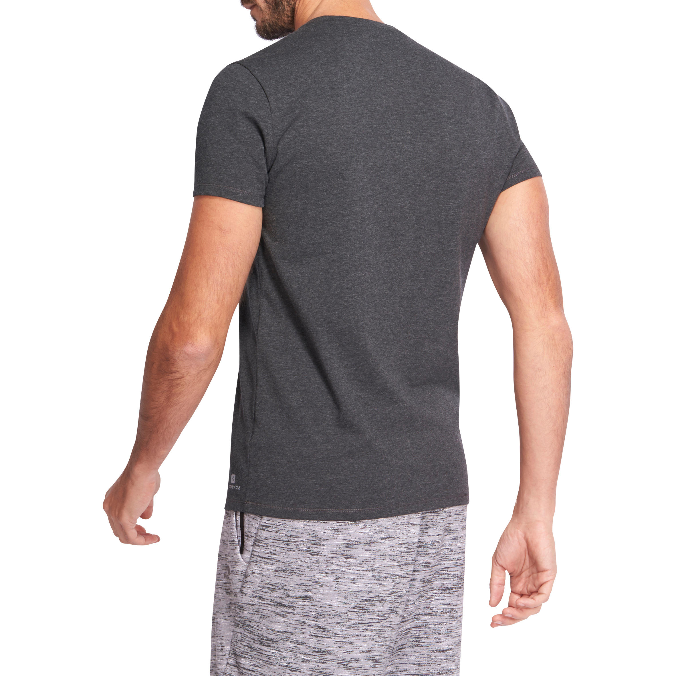 T-shirt 500 col V slim Pilates Gym douce homme gris chiné foncé