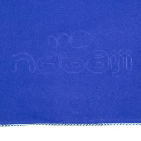 Toalla de microfibra azul oscuro ultra compacta talla  XG 110 x 175 cm