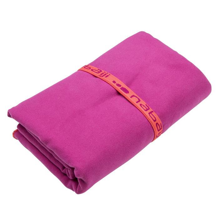Toalla de microfibra violeta ultra compacta talla XL 110 x 175 cm