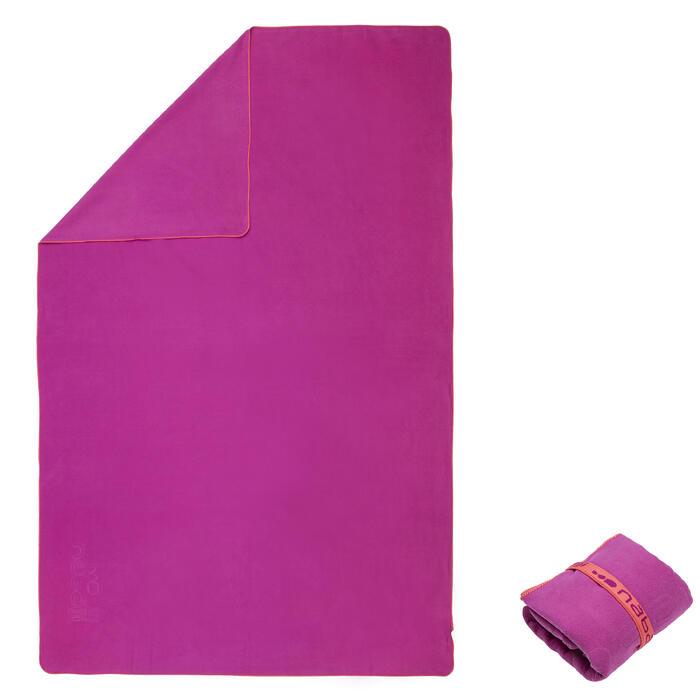 Toalla de microfibra violeta ultracompacta talla M 65 x 90 cm