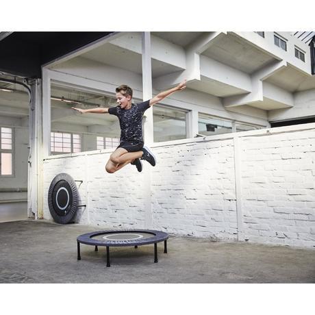 Essential 100 trampoline domyos by decathlon for Trampoline piscine decathlon