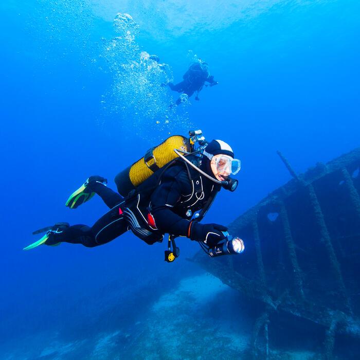 Combinaison de plongée sous-marine semi-étanche 7 mm pour eau froide