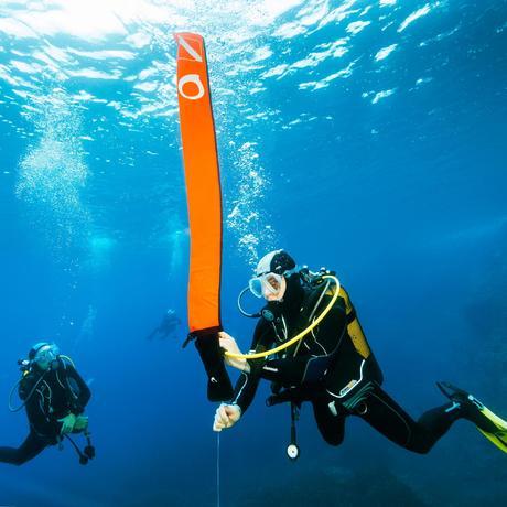 parachute de signalisation de palier de plong e orange