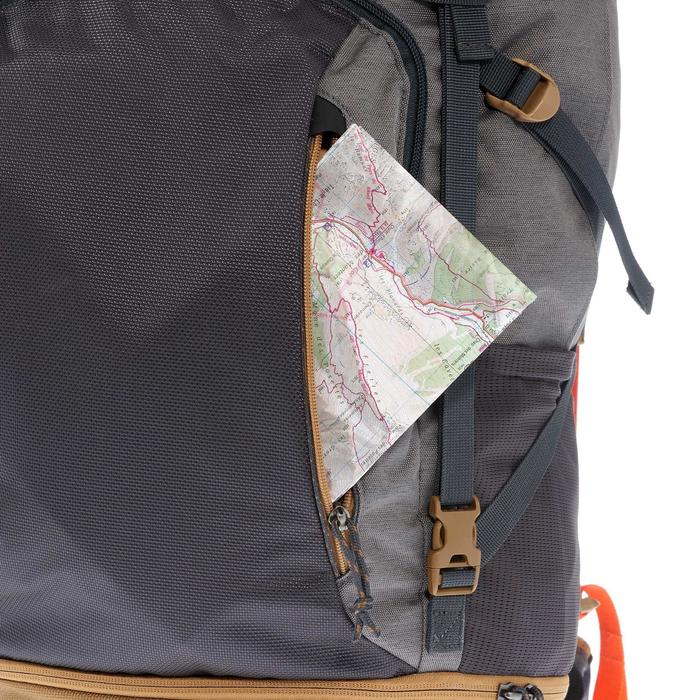 Mochila de Montaña y Trekking Forclaz Travel500 Hombre Gris
