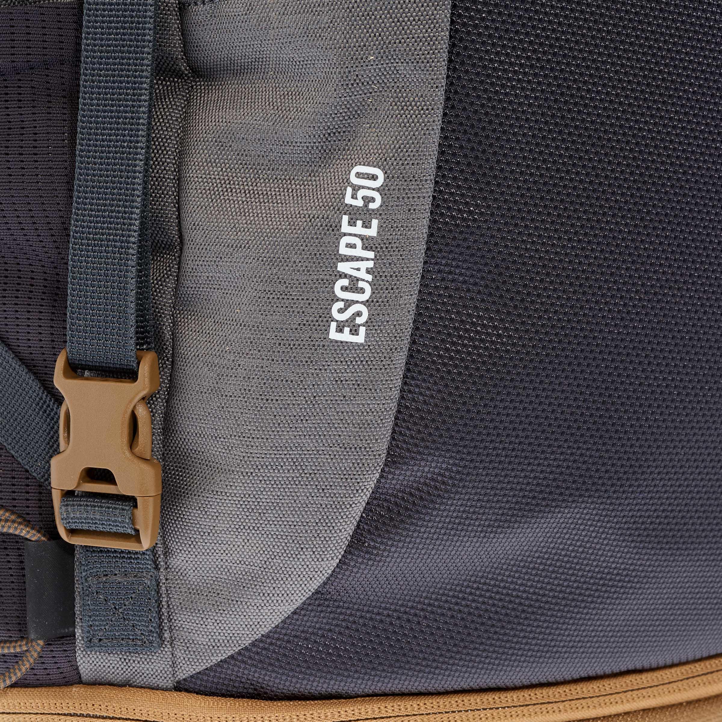 Travel 500 Men's Trekking 50 Litre Lockable Backpack - Grey