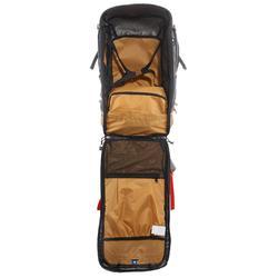 Mochila Trekking TRAVEL500 50 litros Hombre admite candado gris