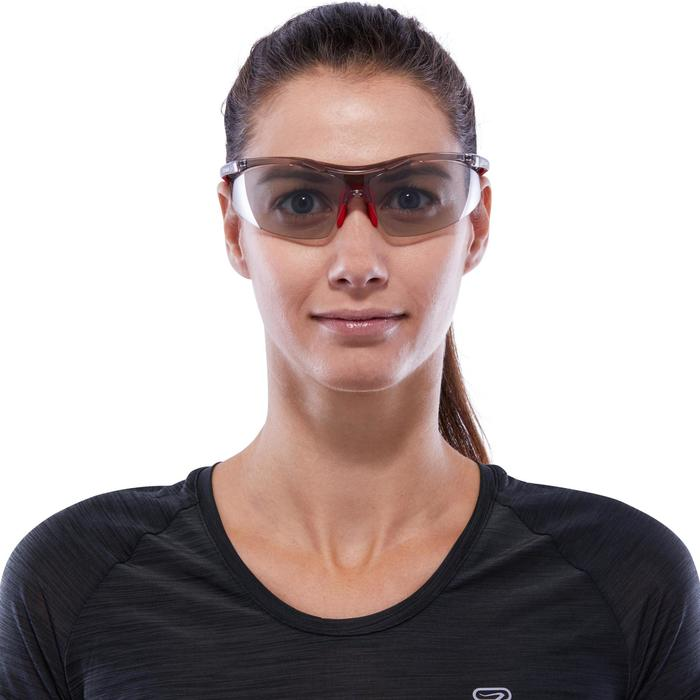 Running 600 Adult Photochromic Running Glasses Cat 1 to 3 - Red and Grey