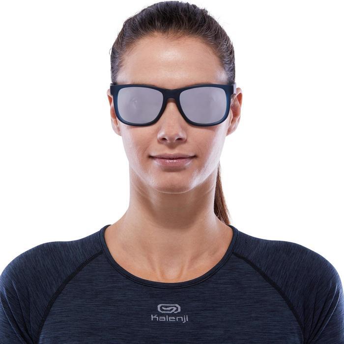lunettes de soleil de marche sportive adulte WALKING 400 bleues catégorie 3 - 1116770