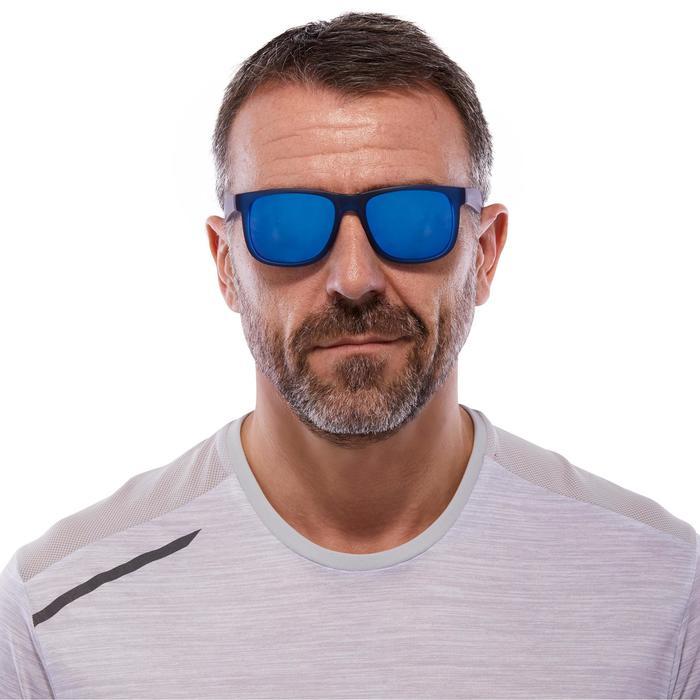 lunettes de soleil de marche sportive adulte WALKING 400 bleues catégorie 3 - 1116856