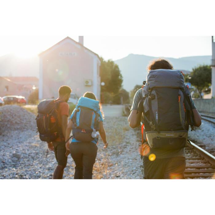 Sac à dos Trekking Travel 500 Femme 70 litres cadenassable gris - 1123076