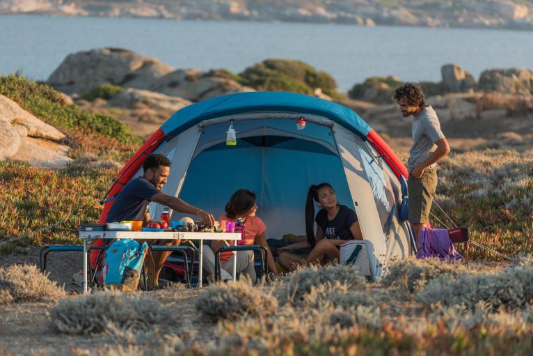 迪卡儂露營 4 人桌椅組