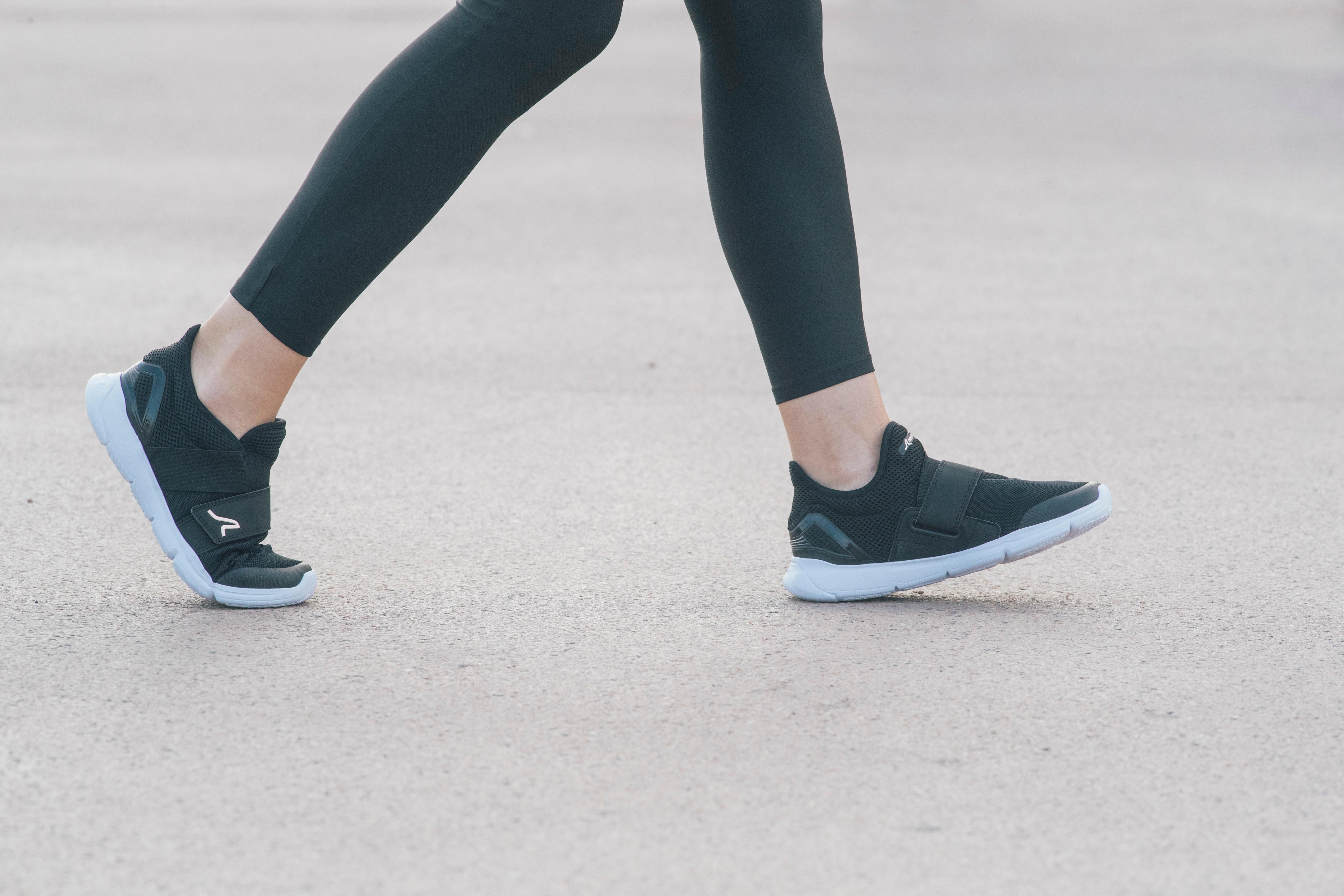 Walking Shoes for women Soft 180 - Black/Pink
