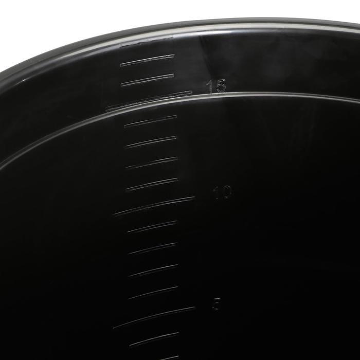Cubo cuadra negro 17 L equitación