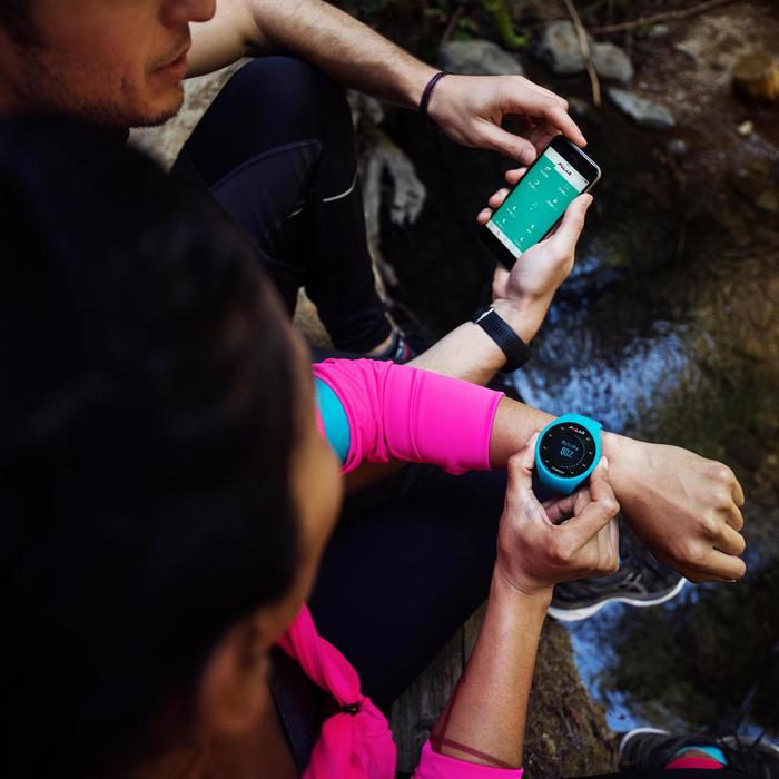 Montre GPS de course à pied avec cardio au poignet M200 noir (M/L)