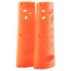Paar bokshandschoendrogers oranje