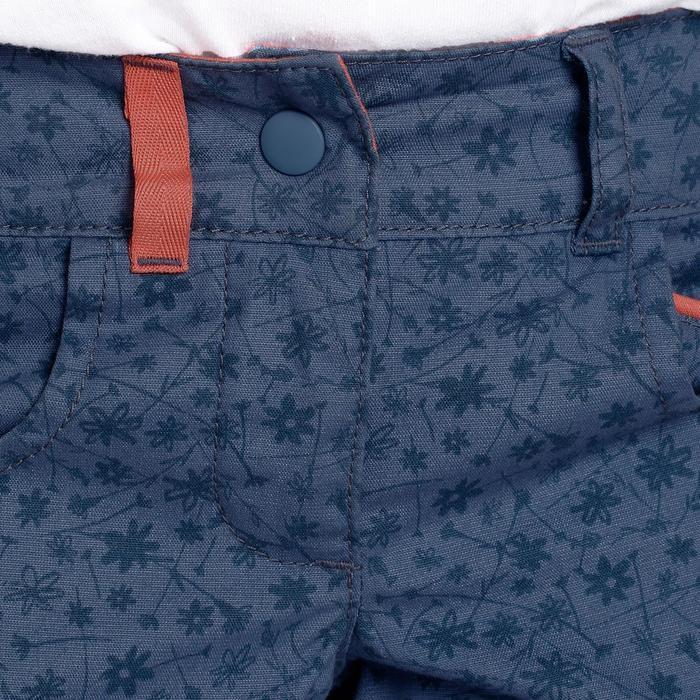 Short de randonnée enfant MH500 bleu avec des fleurs 2 A 6 ANS