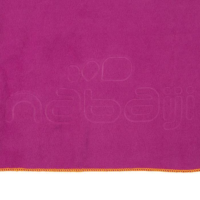Toalla de microfibra violeta ultracompacta talla S 42 x 55 cm
