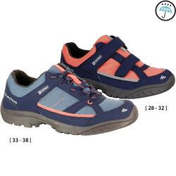 Zapatillas de senderismo niños NH100 impermeables Azul Rojo coral