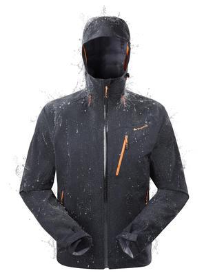 מעיל גשם להליכה בהרים, עמיד במים מדגם MH500 לגברים - שחור