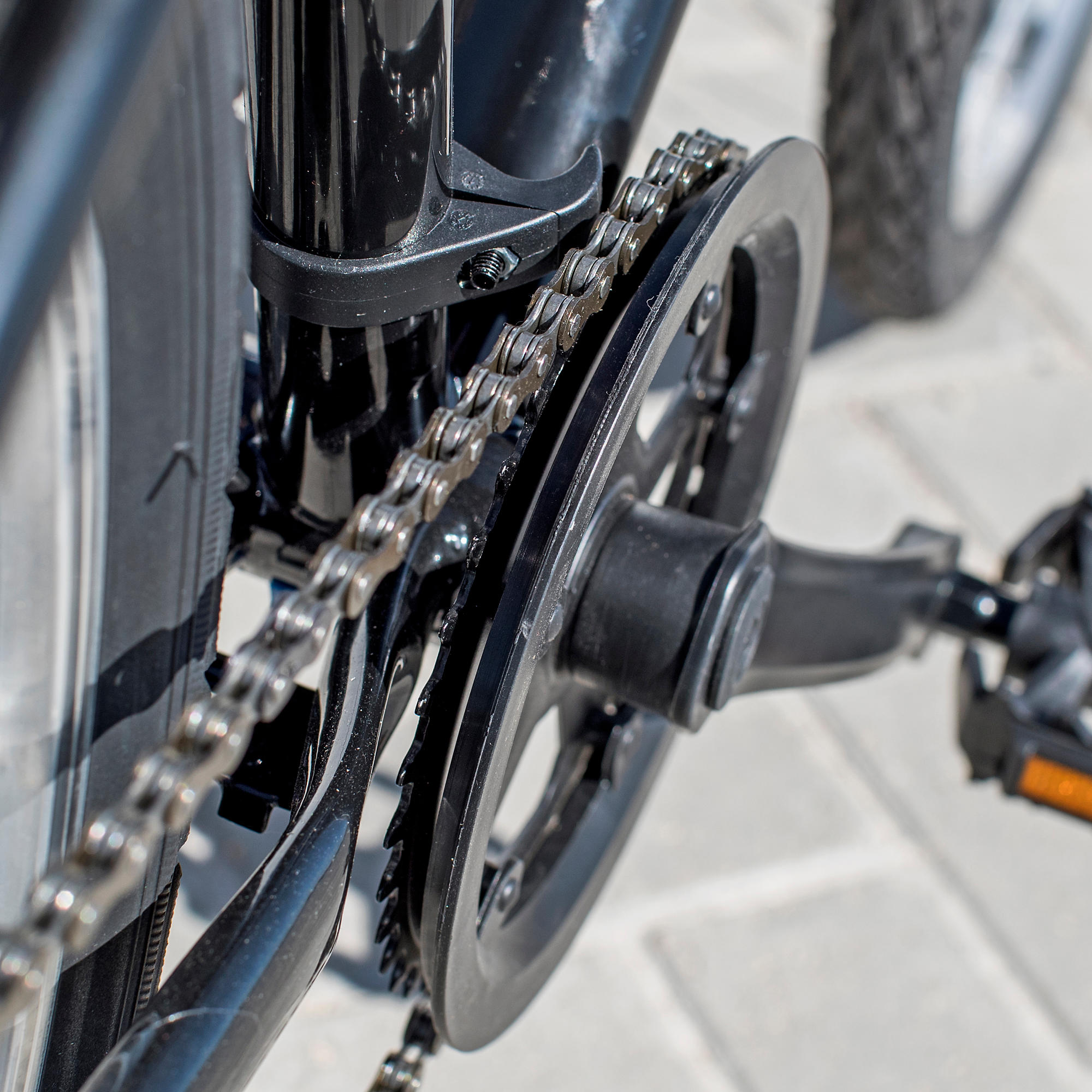 Riverside 100 Hybrid Bike