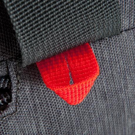 7768d3426a Rouge 40 De Sports Collectifs Kipocket Kipsta Litres Gris By Sac 70qgSxwCFS