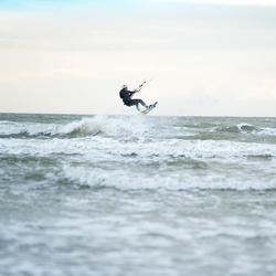 Weste Kitesurfen schwarz/grün