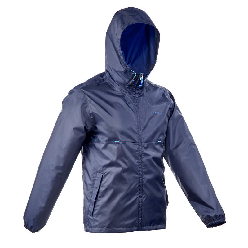 PÁNSKÉ NEPROMOKAVÉ BUNDY NA NENÁROČNOU TURISTIKU Turistika - Nepromokavá bunda NH 100 modrá QUECHUA - Turistické oblečení