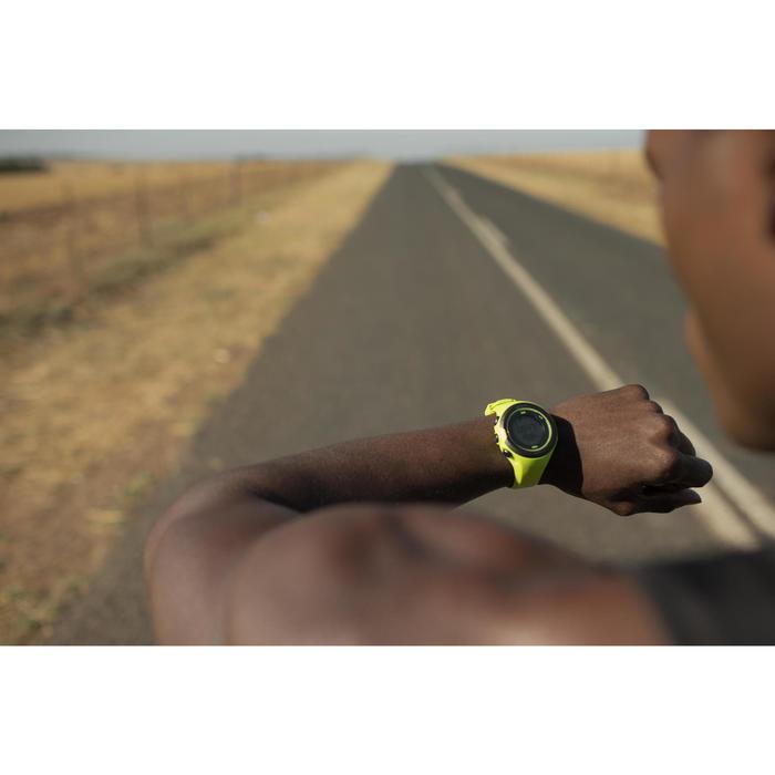 Gps-horloge voor running en hartslagmeting aan de pols ONmove 500 geel