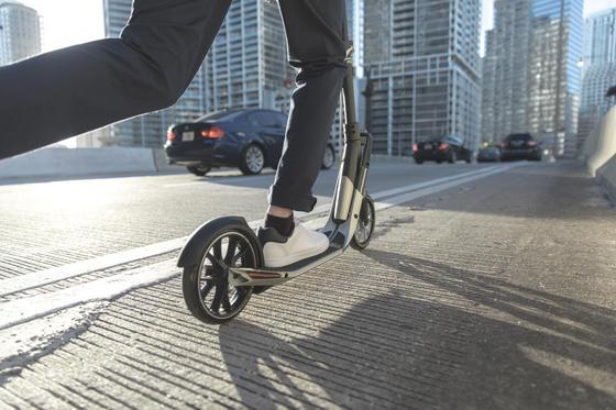 Mit dem Scooter zur Arbeit