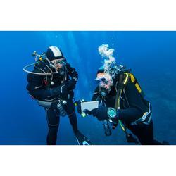Pizarra de comunicación submarina con lápiz