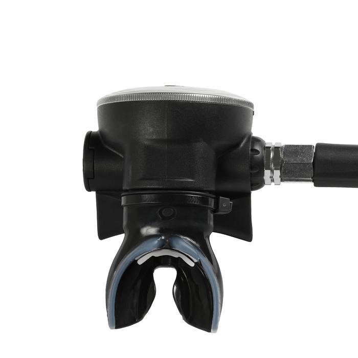 Regulador de submarinismo DIN SCD 500 con primera etapa de pistón compensado
