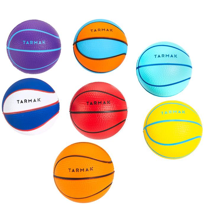 Mini ballon de basketball Mousse. Parfait pour jouer sur les mini paniers. - 1188177