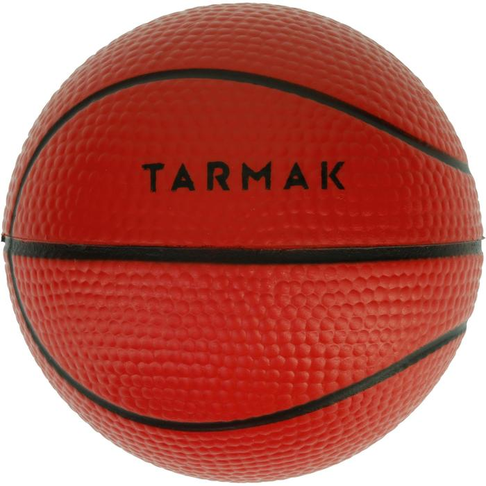 Mini ballon de basketball Mousse. Parfait pour jouer sur les mini paniers.
