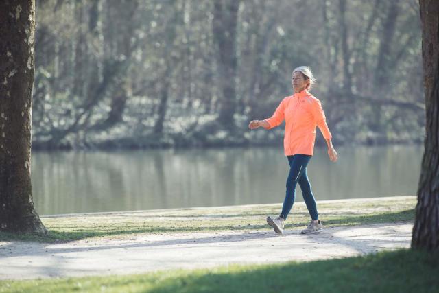 Comment bien respirer pendant vos entra nements de marche - Les bienfaits de la marche rapide sur tapis ...