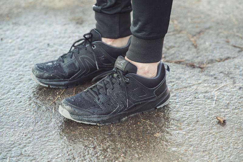 Walking Shoes for Men HW 100 - Black