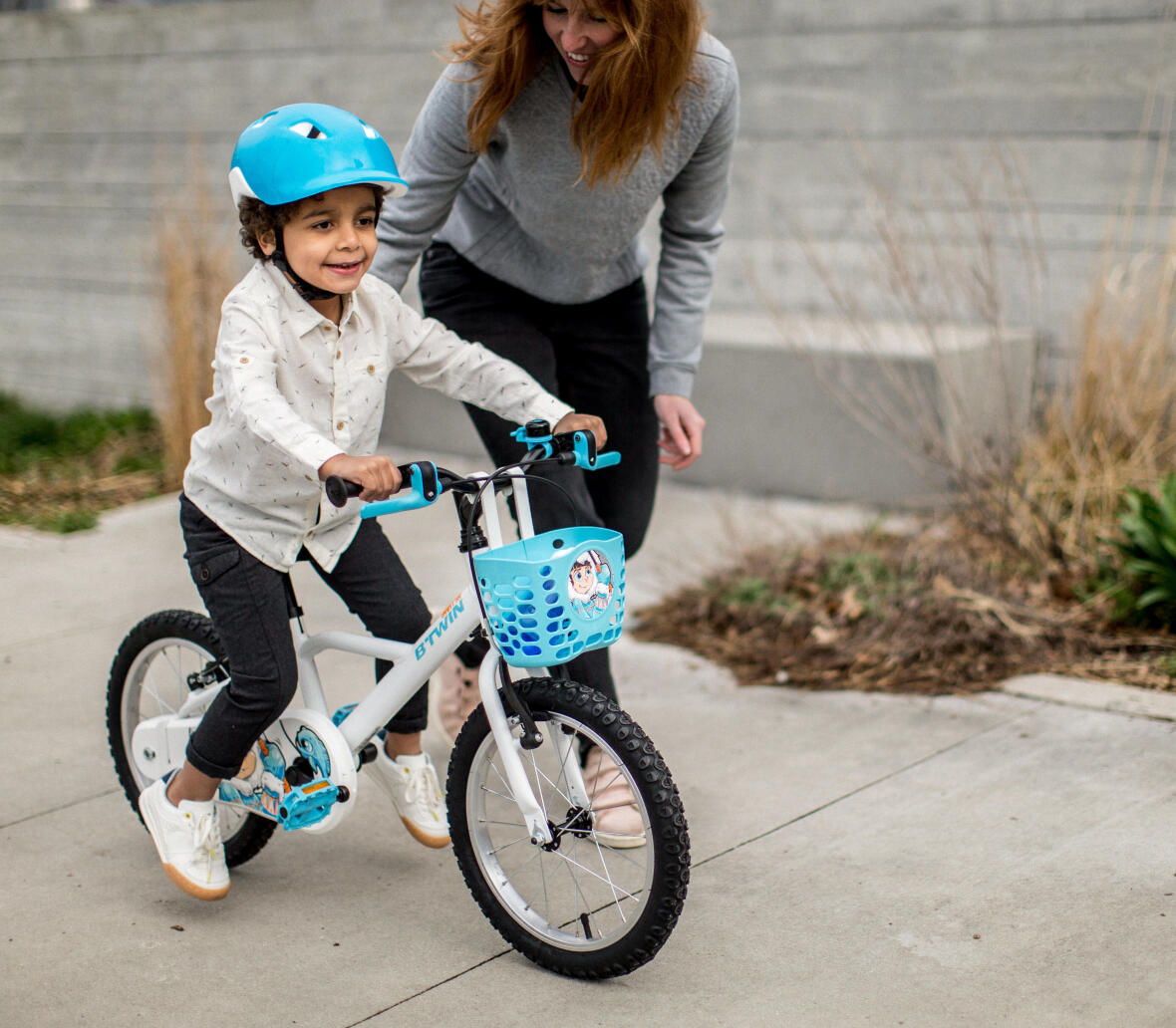 Jeu pour enfant pour apprendre à faire du vélo trajectoire - Conseils Sport DECATHLON