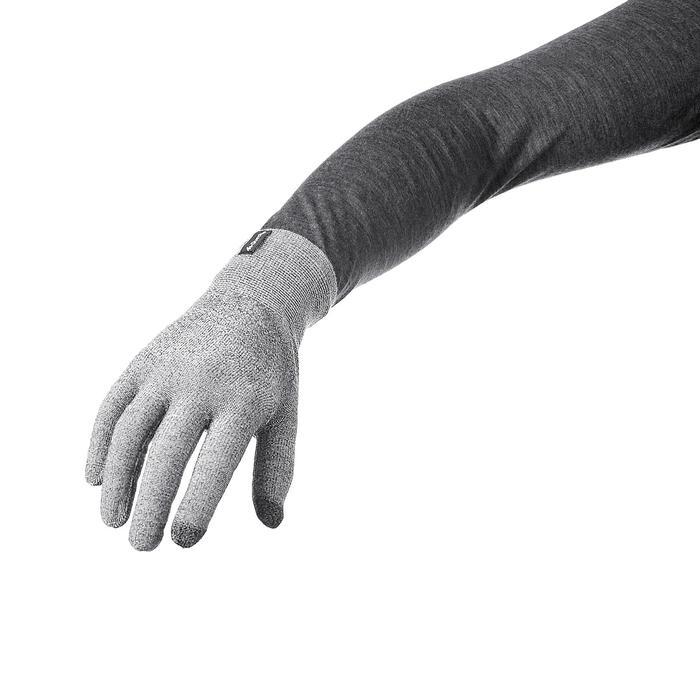 Unterziehhandschuhe Trek 500 grau