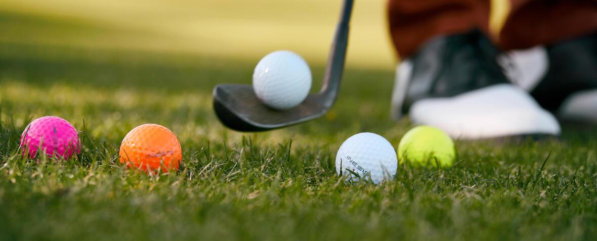 Färgade bollar Inesis golf